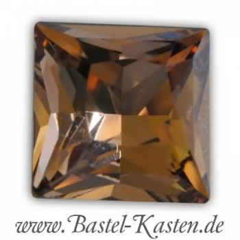Swarovski Princess Square  4447 light smoked topaz 10mm (1 Stück)